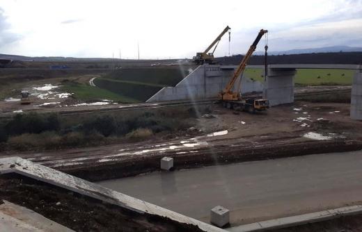 Autostrada Sebeș-Turda, șoseaua promisiunilor neonorate. Pe A10, șoferii vor circula la anul și la mulți ani!