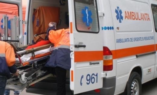 Accident pe varianta Gherla. Doi copii, de 8 și 15 ani, au ajuns la spital