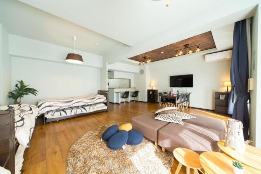 Trucuri pentru spații mici. Așa îți poți face mica încăpere să pară imensă! Ce ai de făcut?