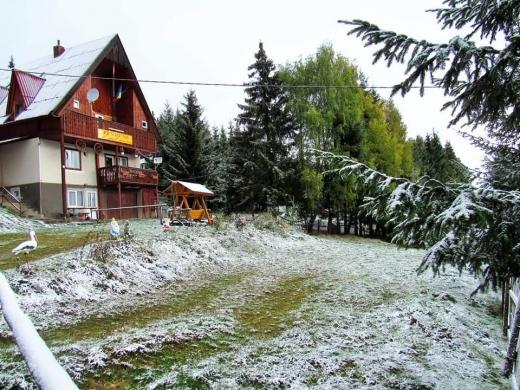 Imagini în mijlocul lui octombrie! A nins la Băișoara și Arieșeni