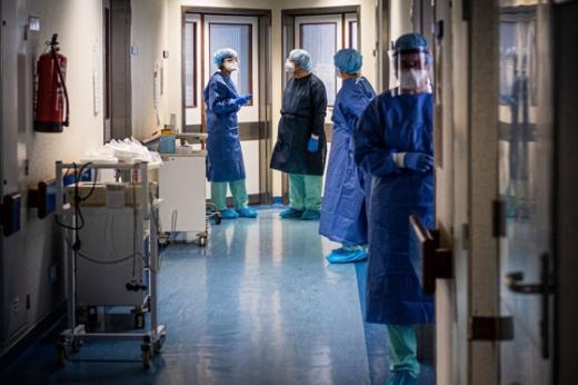 FOCAR de COVID19 la Spitalul Clujana. 12 angajați de la ATI s-au infectat
