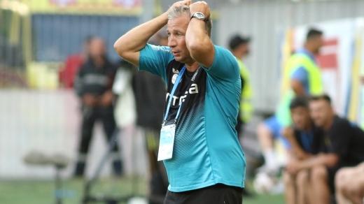 Petrescu și-a aflat pedeapsa după eliminarea din meciul cu FC Botoșani! CFR Cluj, somată să plătească datoriile către un fost jucător
