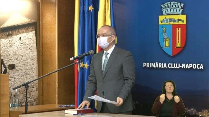 Primarul Emil Boc și consilierii locali au depus jurământul - VIDEO