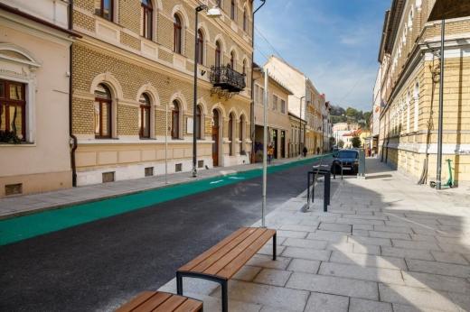 strada-emil-isac-este-deschisa-circulatiei-strada-a-fost-modenizata-cu-fonduri-europene