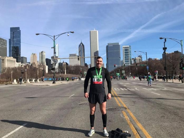 De la Cluj, la Chicago. Un maratonist roman povesteste diferentele între sportul din SUA si Romania. GALERIE FOTO