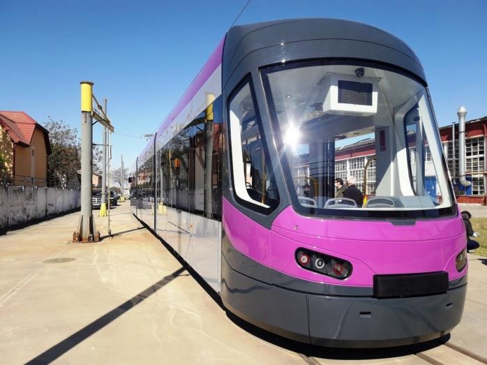 ctp-pune-in-functiune-noi-garnituri-tramvaiul-astra-imperio-va-fi-dotat-cu-echipamente-de-ultima-generatie