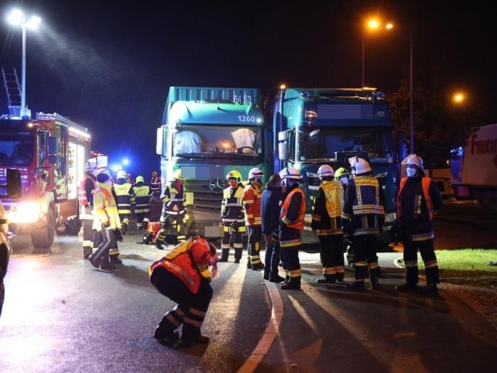 Accident cumplit. Un șofer român a fost strivit între două cabine de TIR, în Germania