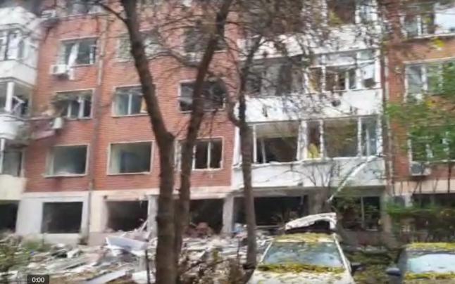 Un apartament a sărit în aer! Explozia s-a soldat cu cinci victime