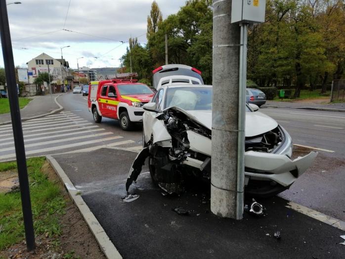 Accident pe strada Oașului. O femeie a ajuns la spital