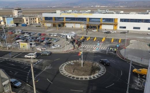 Au crescut tarife la parcarea Aeroportului Internațional Cluj. Care sunt prețurile?