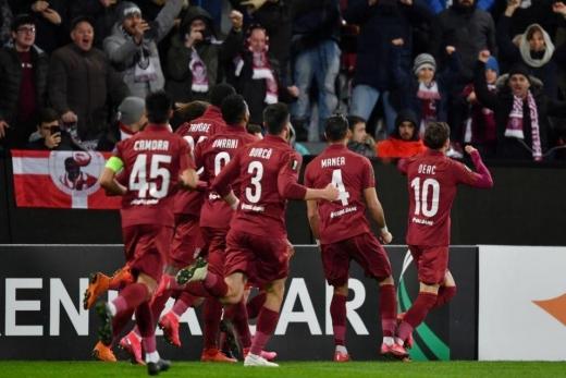 CFR Cluj lovită din nou de COVID-19. Cel mai bun jucător din acest sezon va lipsi la meciul cu AS Roma