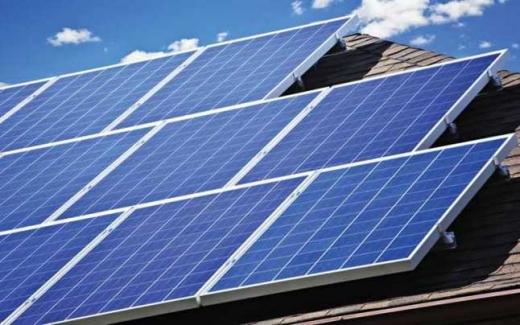 Panouri fotovoltaice pe 7 clădiri din Cluj, cu 3,4 milioane lei, fonduri norvegiene