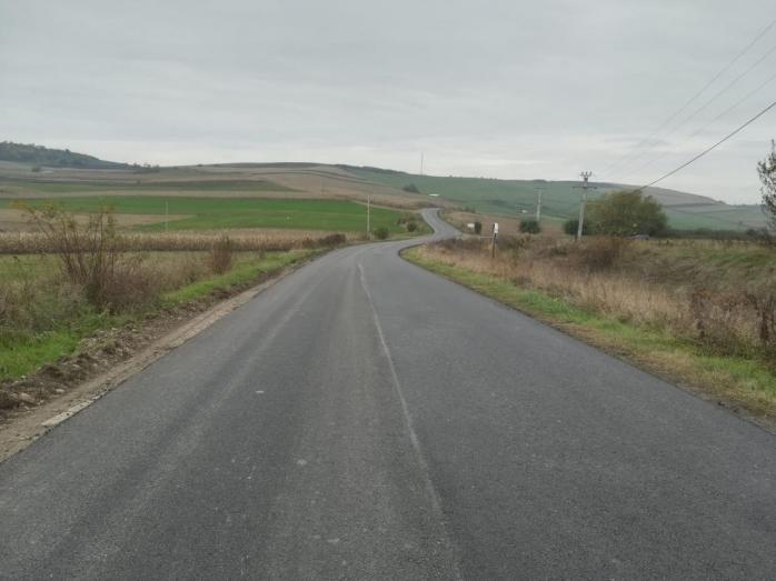s-a-finalizat-asfaltarea-drumului-judetean-150-de-la-viisoara-la-mociu
