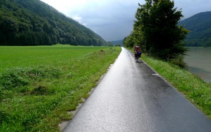 100-km-de-piste-de-biciclete-in-judet-cluj-napoca-ar-putea-fi-legat-de-doua-obiective-turistice