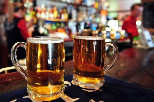 Un pacient infectat cu COVID19 a mers direct la bar, după ce a fugit din spital