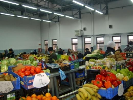 Ce se întâmplă cu piețele din județul Cluj? Unele piețe interioare rămân deschise, altele nu. Decizia rămâne în mâinile fiecărui primar