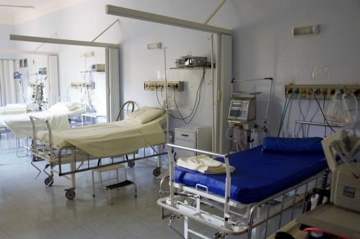 Analiză: Clujul are multe cazuri COVID19, dar puține decese