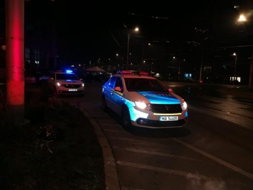Petrecere cu zeci de persoane, în Mănăștur, oprită de polițiștii clujeni. Câte amenzi au dat?