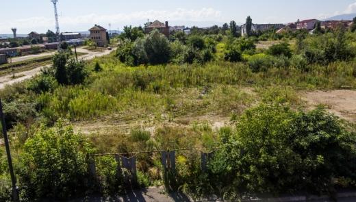 Terenurile lăsate în paragină vor fi impozitate cu 500% la Cluj-Napoca