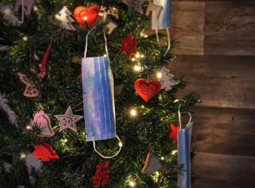 COVID19 pune Crăciunul și planurile de sărbători pe PAUZĂ. Restricții în toată Europa: fără zboruri, fără întruniri de familie