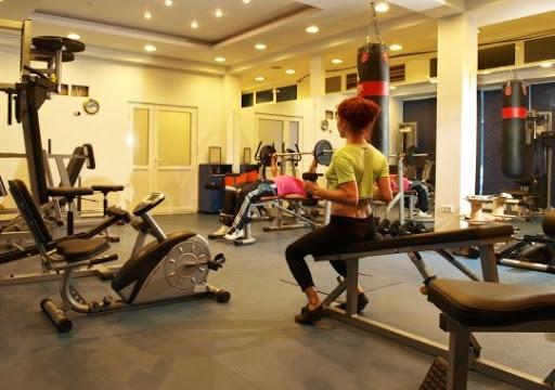 Dosar penal pentru că nu au respectat regulile COVID19 într-o sală de fitness din Cluj-Napoca. Ce măsuri trebuiau respectate?