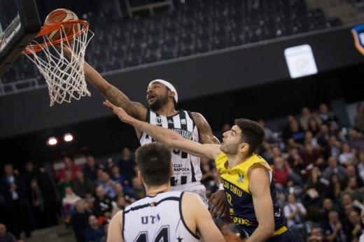 U-BT Cluj s-a calificat la Final 8 în Cupa României. Oradea, Sibiu sau Timişoara au obţinut şi ele biletele