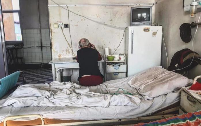"""Sistemul sanitar din România va fi reconstruit din temelii. Iohannis: """"Sunt decis să facem ce nu s-a mai făcut în România"""""""