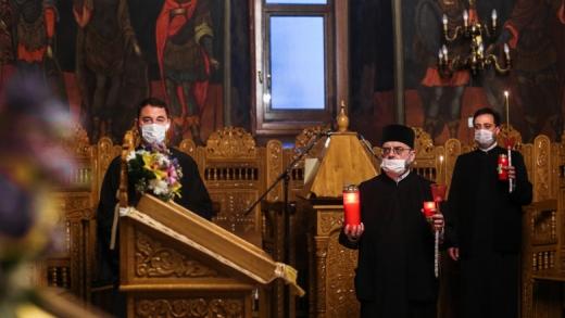 Cum va fi celebrată sărbătoarea Nașterii Domnului, la biserică sau acasă? Ce spun reprezentanții cultelor din România