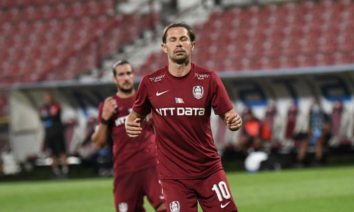 Trei cazuri de COVID19 la CFR Cluj! Petrescu, disperat ...