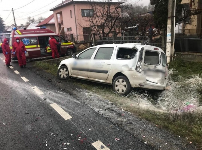 ACCIDENT între un TIR și o mașină în Sânpaul! Victima e un tânăr de 21 de ani