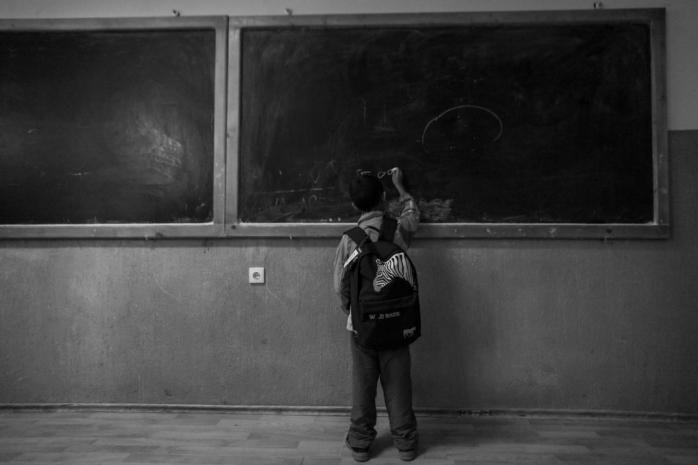 musai-la-scoala-trei-tineri-clujeni-vor-darui-tablete-copiilor-din-zonele-rurale