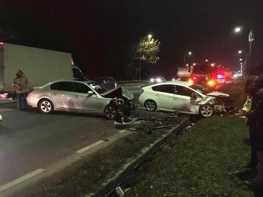 ACCIDENT în Florești! Un șofer s-a IZBIT de o mașină după ce a intrat pe contrasens.FOTO