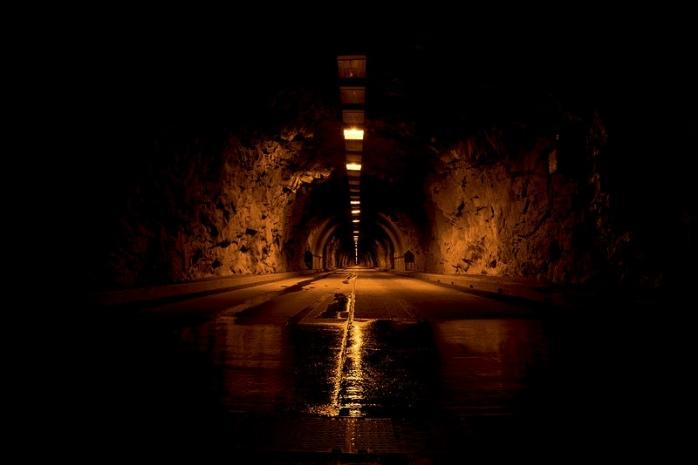 cel-mai-lung-tunel-din-romania-mort-din-fasa-noi-probleme-pe-autostrada-transilvania