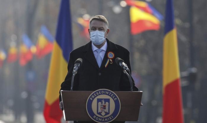 """Mesajul președintelui de 1 Decembrie: """"Gândurile noastre se îndreaptă către eroii acestui an, care sunt medicii"""""""