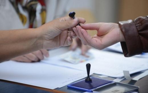 REZULTATE PARȚIALE după numărarea a 27% din voturi. PSD rămâne în frunte, PMP și Pro România cad sunt pragul electoral