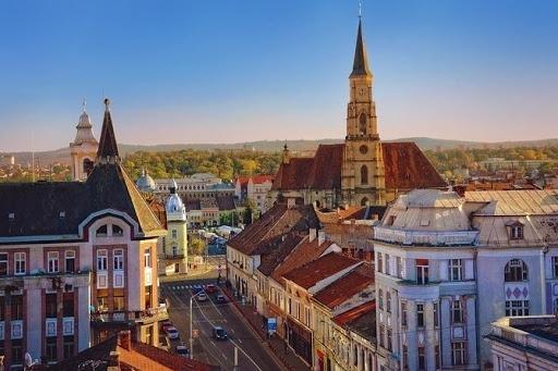 Turismul a suferit GRAV din cauza pandemiei! Scădere de 64% a turiștilor în Cluj