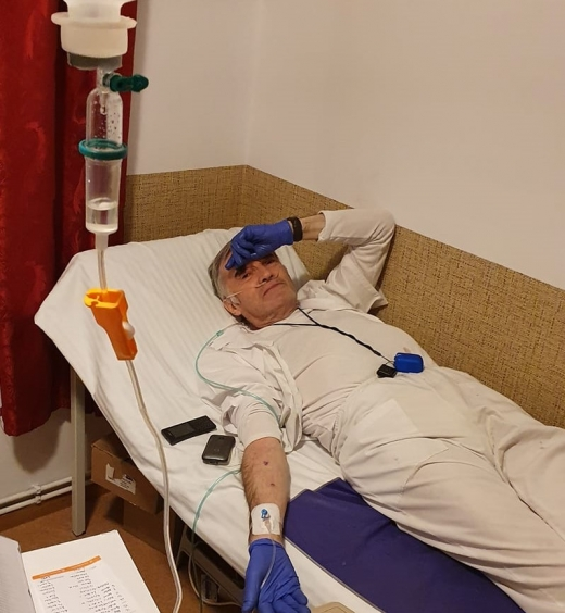 Singurul doctor care îngrijea bolnavii COVID19 la Casa Theodora e în stare GRAVĂ! Pacienții au nevoie urgentă de un medic