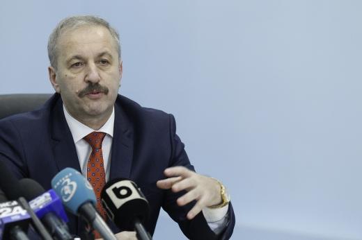 """Vasile Dîncu: """"Nu este exclusă soluția unui guvern de uniune națională."""""""