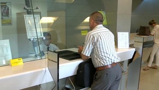 Bancherii vor să fie incluși în a doua etapă de vaccinare. În sectorul bancar există 50.000 de lucrători