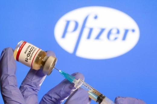 Vaccinul Pfizer-BioNTech a fost autorizat de Agenția Europeană a Medicamentului