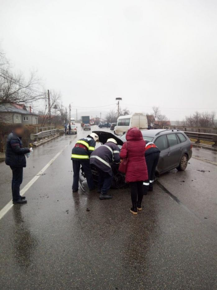 Cinci mașini, implicate într-un accident în lanț, lângă Gherla - FOTO/VIDEO