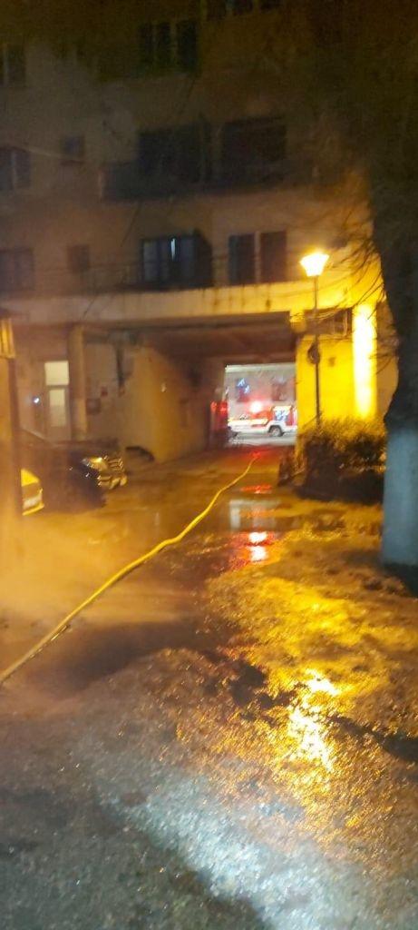 O femeie a murit într-un incendiu produs pe strada Horea în noaptea de Revelion