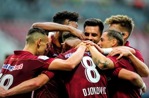 Schimbări de lot la CFR Cluj! Preferații lui Dan Petrescu visează la transferuri în străinătate