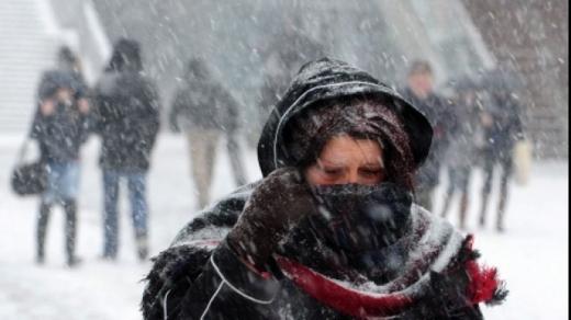 Prognoza meteo. Ploi și ninsori în weekend în toată țara