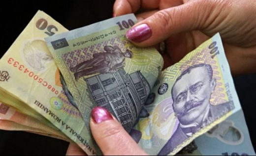Trei sferturi dintre asistații social dintr-o comună din Cluj au renunțat la bani, ca să nu fie puși la muncă
