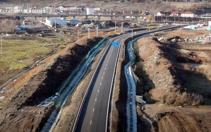 Lotul I din Autostrada Sebeș-Turda trece prin mijlocul unei GROPI DE GUNOI