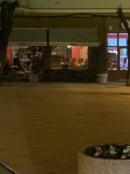 Local din Turda care servea clienții în interior, ÎNCHIS și AMENDAT de poliție