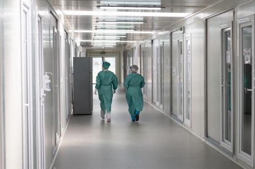 Zeci de medici clujeni nu s-au putut vaccina. De ce au fost refuzați?