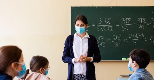 """Sâmbăta la școală pentru orele remediale? Elevii din Cluj sunt nemulțumiți: """"Mai bine ar investi în alte nevoi ale sistemul educațional"""""""