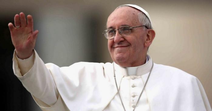 """Papa Francisc s-a vaccinat anti-COVID: """"A fost o alegere esențială din respect pentru viață"""""""